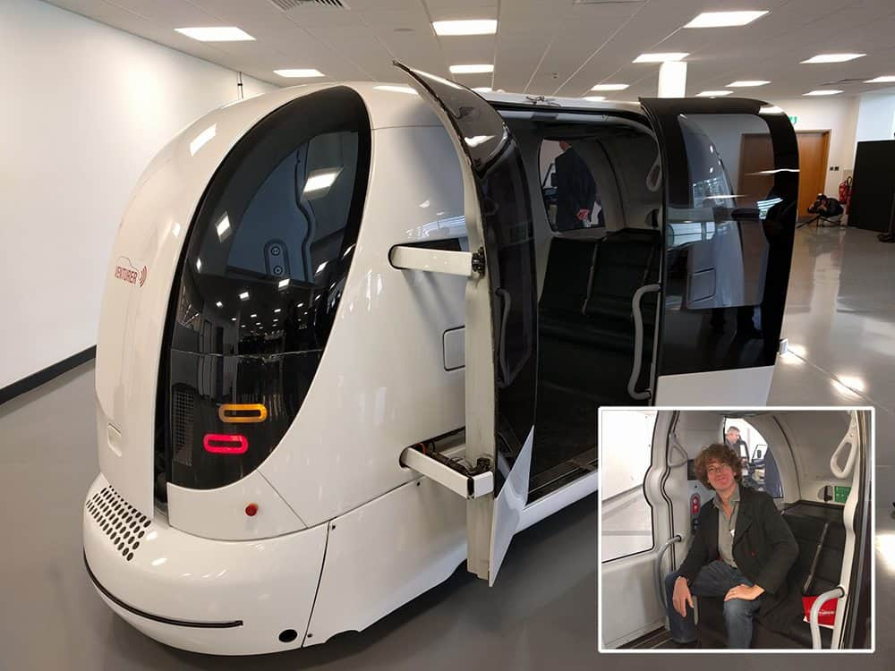 Venturer-cars_electric-pods_self-driving-car