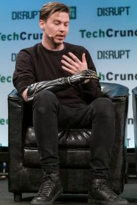 techcrunch-disrupt-openbionics-3d-printed-hand